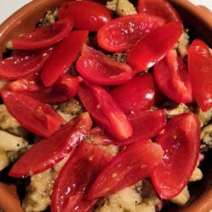 トマトを敷き詰める